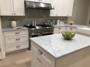 9628 E Laurel Ln Kitchen