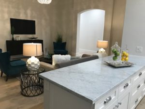 9628 E Laurel Ln Living Room 3