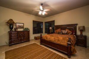 15415 E Cavedale Dr Guest Room