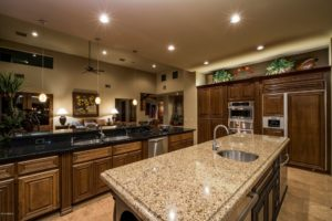 15415 E Cavedale Dr Kitchen